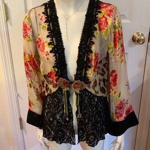 Beautiful and Sassy Vintage Spencer Alexis Kimono